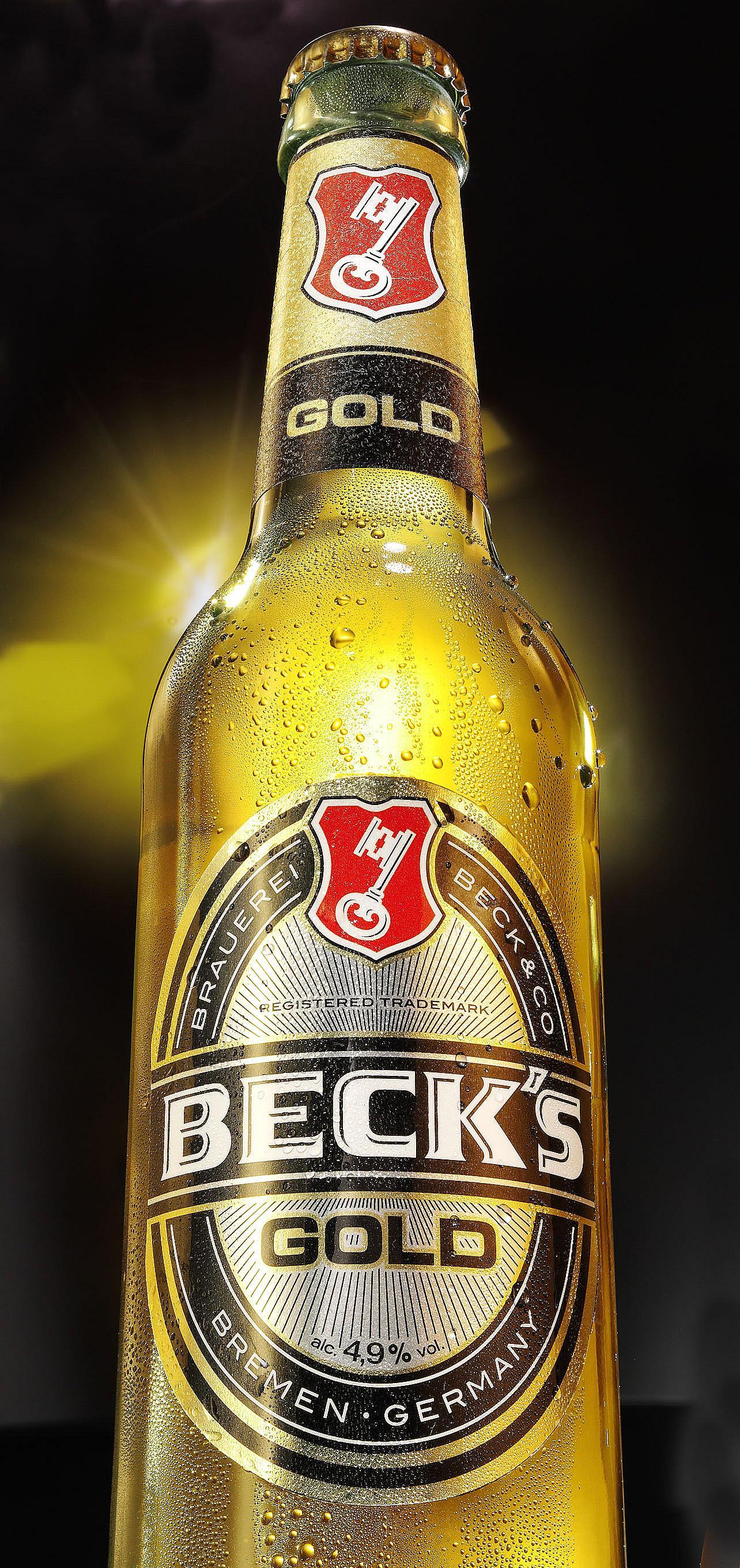 Becks Gold Flasche mit Untersicht